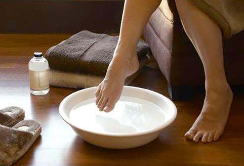 Vinegar is Good for Your Feet! | McDermott Footcare